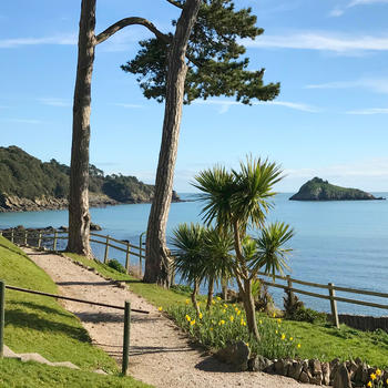 Meadfoot Bay. Close to the Hesketh Crescent luxury holiday apartment in Torquay