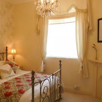 Bedroom in the Hesketh Crescent Holiday Apartment in Torquay